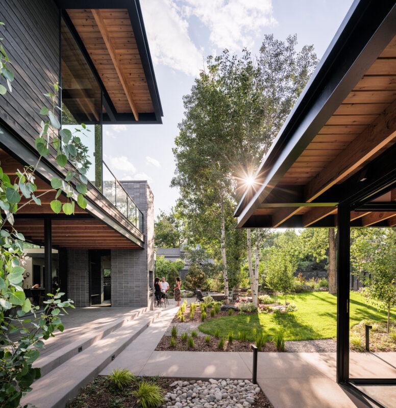 Mariposa Garden House